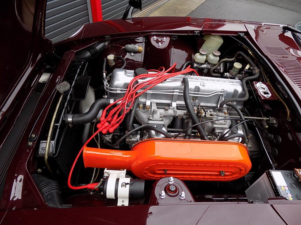フェアレディZ 240ZG エンジンルーム L24 SUツインキャブ